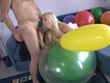 Ballon-Blowjob mit Andi