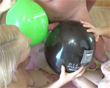 Ballonblowjob mit Ashley